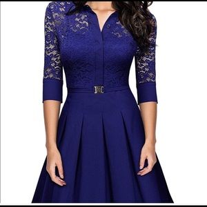 Dresses & Skirts - Gorgeous navy blue dress